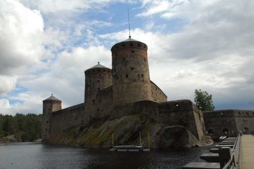 En ægte borg Olavinlinna som vi deltog i en rundvisning på. Bygget i 1400-tallet af svenskerne da det sydøstlige Finland tilhørte Sverige. Den blev senere erobret af russerne og endeligt overdraget til finnerne.