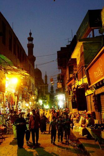 Når solen er gået ned kommer egypterne frem.