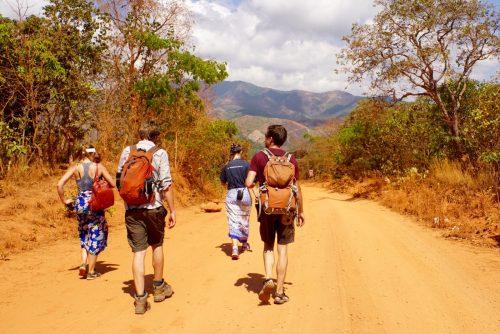 Vi vandrede turen til Livingstonia med Gary fra England. Pigerne fra Sydafrika sendte vi ned til foden af vandfaldet.