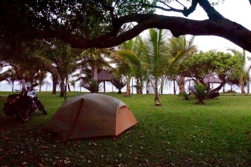 Idyllisk placering af Felluca og vores telt.